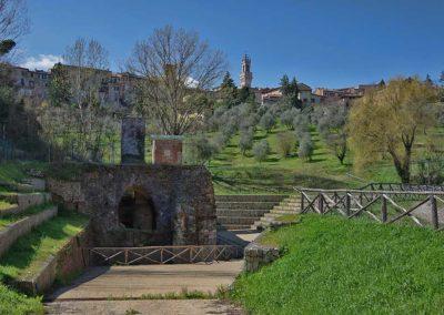 La città permeabile. Arte Cultura e Comunità nelle Valli Urbane di Siena